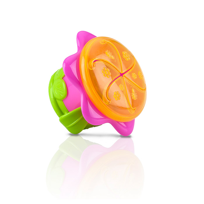 Nuby 3-D Flower Snack Keeper - Colors May Vary